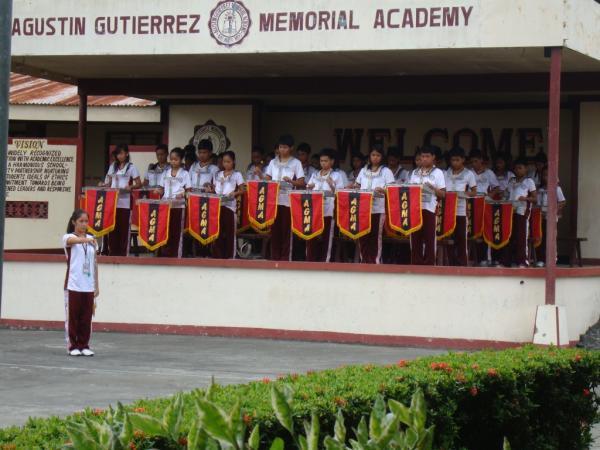 AGMA Band